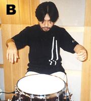 レギュラーグリップは左手を回転(写真B)